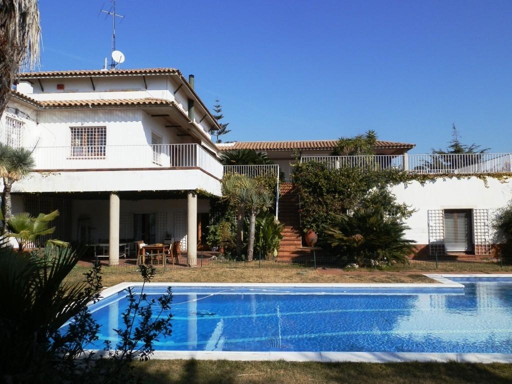 Villa de lujo mansion espa a barcelona masnou venta for Villas de lujo en madrid